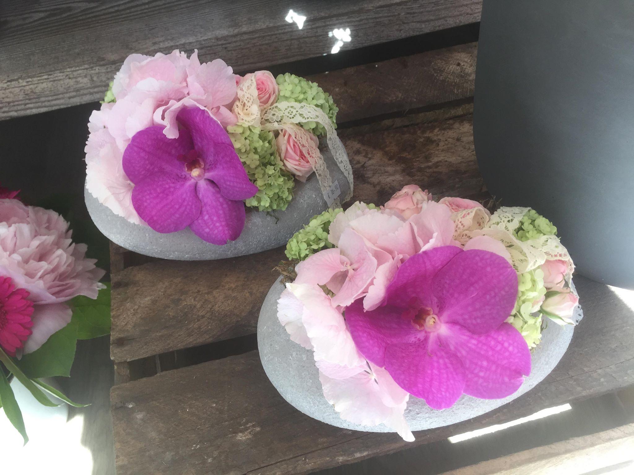 compositions florales sur mesure barr la chaine de coeur. Black Bedroom Furniture Sets. Home Design Ideas